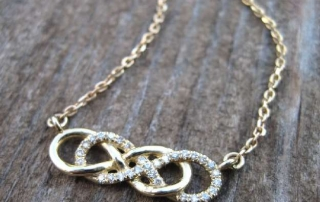 Diamond infinity Necklace1