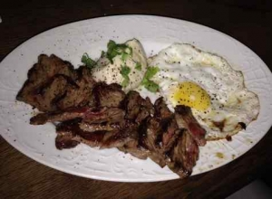Next Door Bar steak & Egg