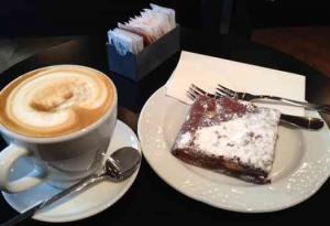 Tel Aviv Cafe & Coffee-Mae-Coffee & cake