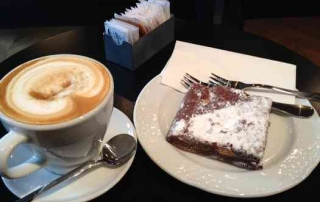Tel Aviv Cafe & Coffee-Mae-Coffee & cake