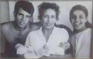 Tel Aviv film Child Mother -Twins